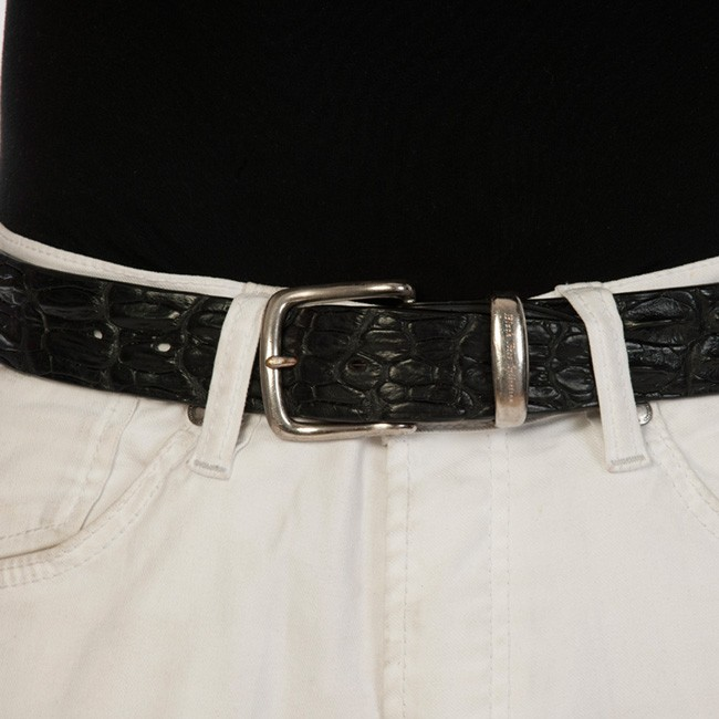 luxury leather belts oynx close up